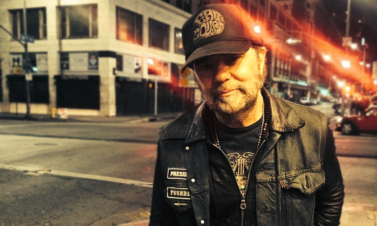 Daniel Lanois: Conversations With A Sonic Mad Scientist