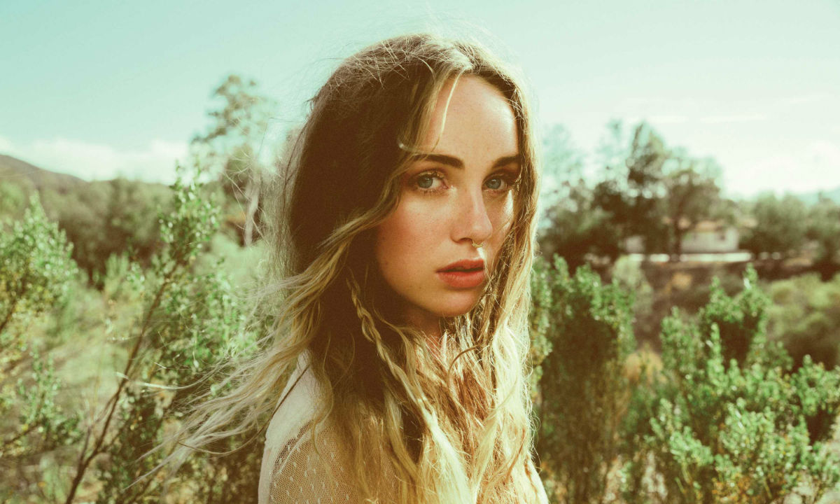 """Zella Day: """"I'm Not Entitled to Anything"""""""