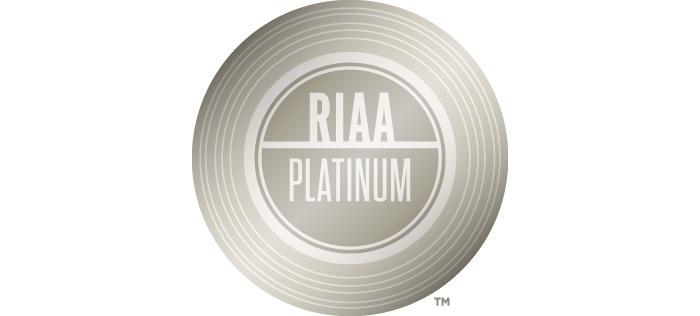 RIAA_Platinum_700