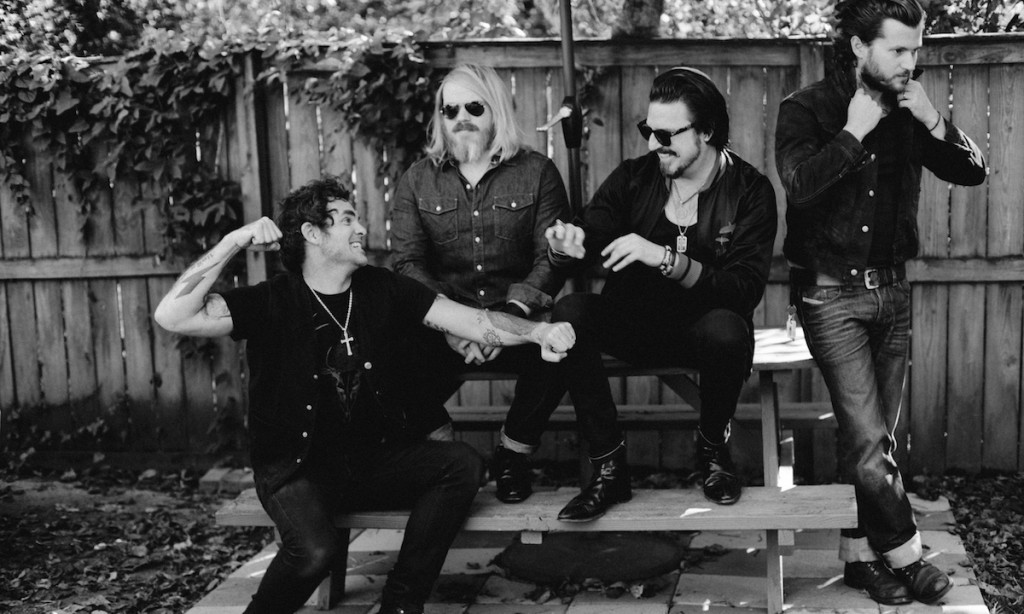 tour rival sons