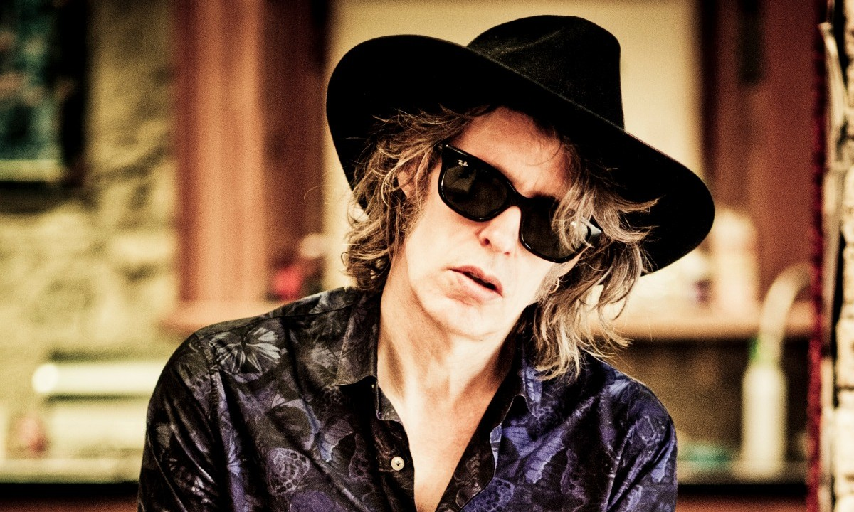 Mike Scott (The Waterboys) Shares Songs For Wooing