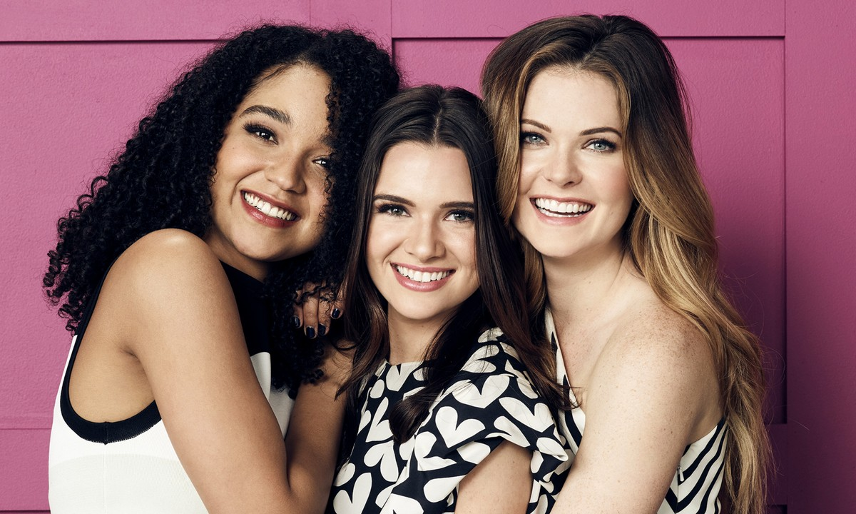 'The Bold Type' Cast Share Their Characters' Playlists
