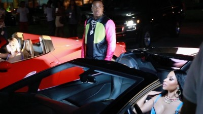 Watch Nicki Minaj Race Against Blac Chyna In Yo Gotti's 'Rake It Up' Video