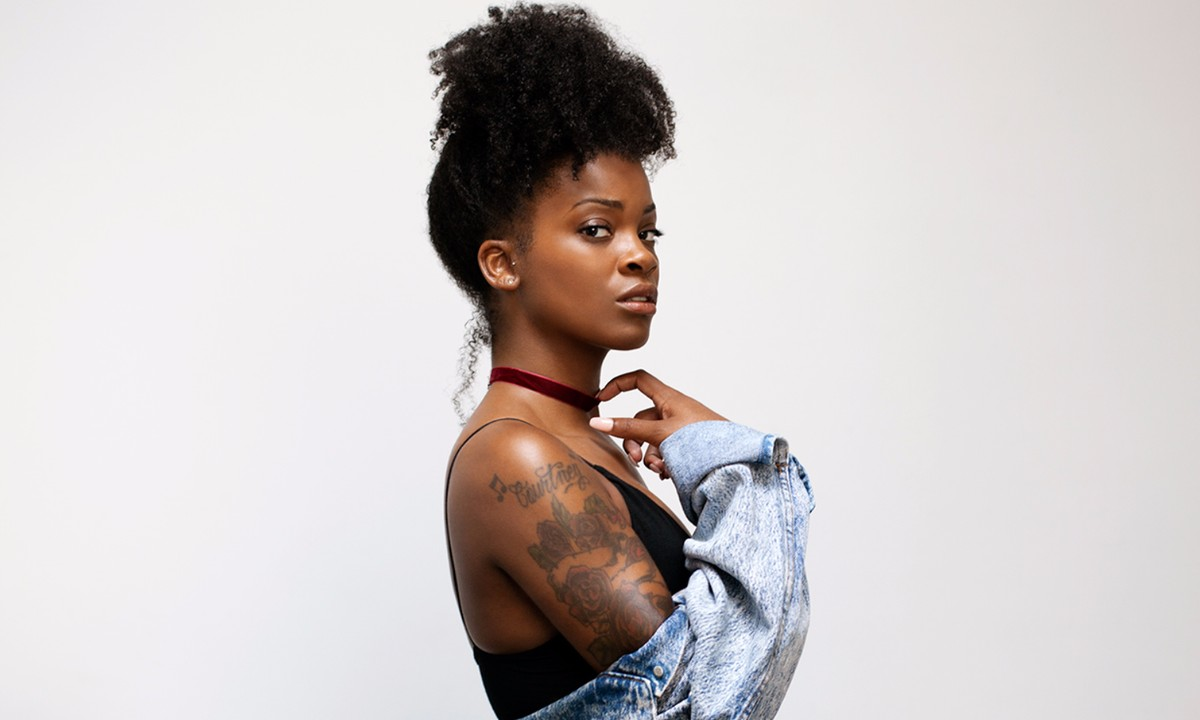 Ari Lennox Talks Morning Ritual, Hints at Debut Album
