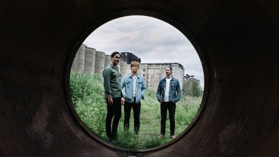 Alex Edkins (METZ) Finds 'Strange Peace'