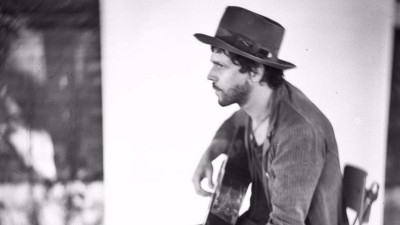 "Langhorne Slim's New Album Is All About That ""Ancient Shit"""