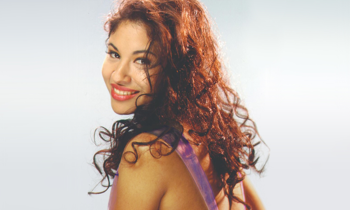Remembering Selena's 'Amor Prohibido' 25 Years Later